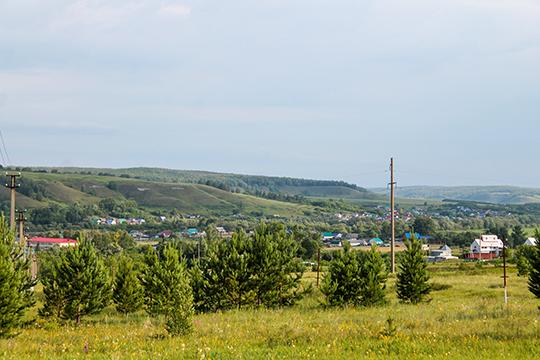 Центральная улица деревни Татарский Байтуган носит имя Вагизова