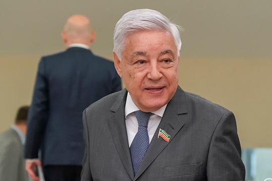 Фарид Мухаметшин: «Я знаю, что и Всемирный конгресс татар активно подключился к тому, чтобы этот вопрос не поднимали на такой уровень, не раскалывали общество. Поступит законопроект — мы обязательно по нему выскажемся»