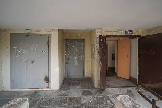 Управляющие компании часто использовали эти, как сейчас говорят, студии для удержания кадров— заселяли туда дворников, уборщиц ипрочий персонал