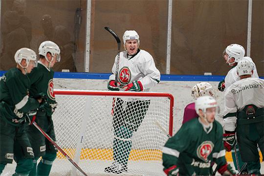 «Думаю, что ко многим приходит осознание того, что от игроков требуется не только играть в хоккей»