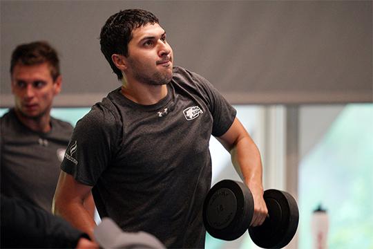 Кирилл Петров: «Мне очень нравятся тренировки в зале. Несмотря на серьезные нагрузки, лично я иду на занятия с радостью и любопытством»