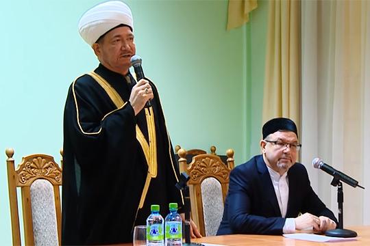 Равиль Гайнутдин пригрозил увольнением ректору Российского исламского института Рафику Мухаметшину