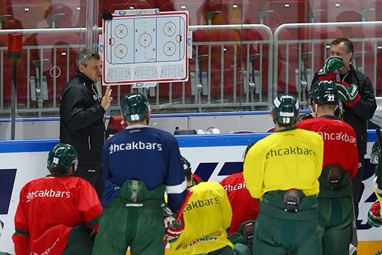 «Унас есть костяк команды, который выигрывал Кубок Гагарина. Думаю, эти ребята приняли нашу работу исистему. Дальше нам нужно просто немного потерпеть»