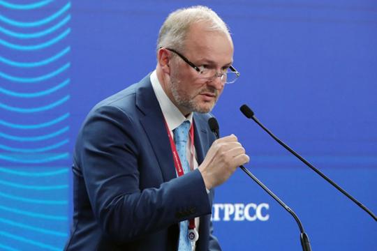 Роман Троценко — владелец инвестиционной группы AEON, занимает 59-ю строчку в рейтинге богатейших бизнесменов России по версии Forbes