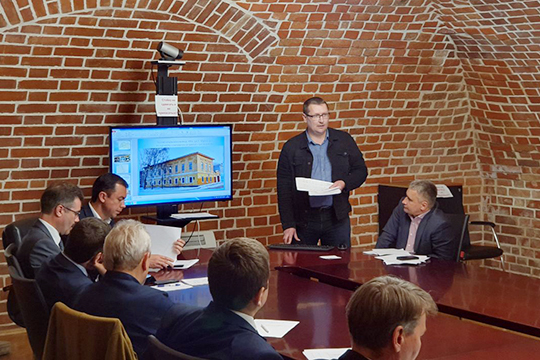 Историческое заседание межведомственной комиссии, на котором был решен вопрос о выделении 2,7 миллиардов рублей на развитие Чистополя, состоялось позавчера, 10 сентября