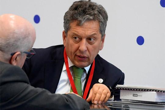 Как Наиль Маганов пообещал 1 триллион Денису Мантурову