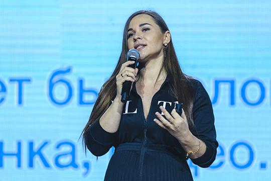 Сооснователь проекта Hiperscript.ru Анастасия Белочкина рассказала о мелких фокусах, с помощью которых можно воздействовать на подсознание покупателя