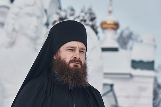 Включили в рейтинг мы и нынешних наместников Раифского и Свияжского монастырей — игумена Гавриила (на фото) и игумена Симеона