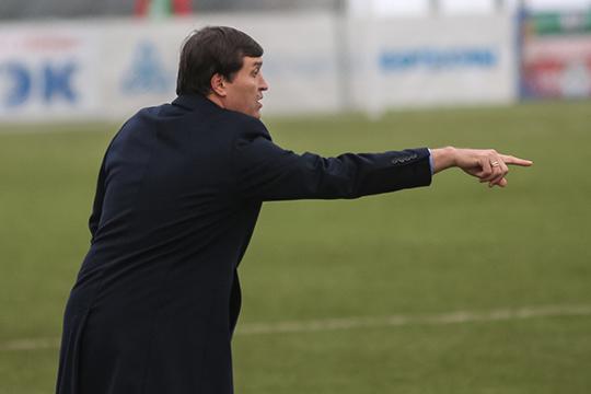 Как нам рассказали в нижнекамском клубе, инициатором перехода Дениса стал главный тренер Юрий Уткульбаев