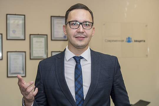 Ханов отметил, что крайне важно подать набанкротство раньше кредиторов: «Втаком случае шансов решить проблему куда больше