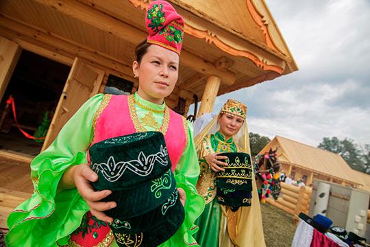 «Татары – экстерриториальная нация или разделенный по региональным квартирам этнос?»