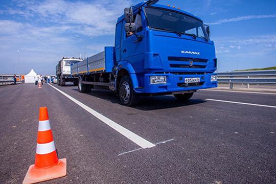 Пословам руководителя пресс-службы ПАО «КАМАЗ»Олега Афанасьева,тестовые заезды между ПРЗ иавтомобильным заводом стартовали впонедельник. Задействован пока один грузовик