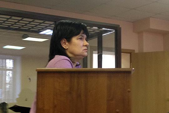 По словам Гульнары Галеевой, к моменту ее трудоустройства при DOMO уже существовало порядка 30-40 сомнительных фирм, а на нее саму за время работы было зарегистрировано еще 5 компаний-прокладок