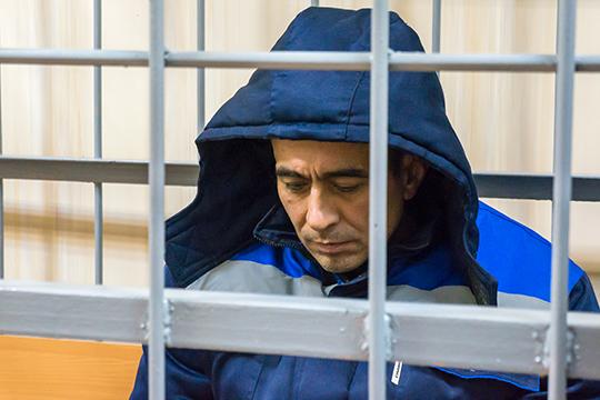 Айнур Харисов, убивший бывшую жену, сына и пасынка, заявил, что лучшим для него приговором был бы расстрел