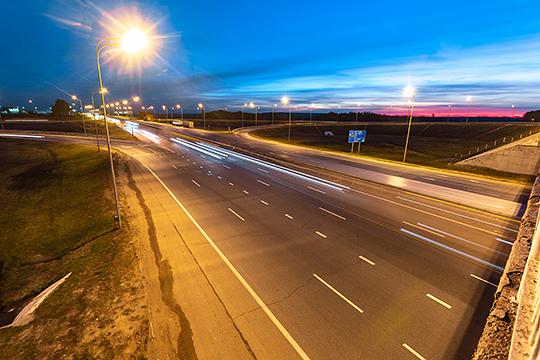 Согласно концепции развития «опорной сети» автодорог, представленной госкомпанией «Автодор», до 2030 года должна появится новая скоростная дорога от Набережных Челнов до Екатеринбурга