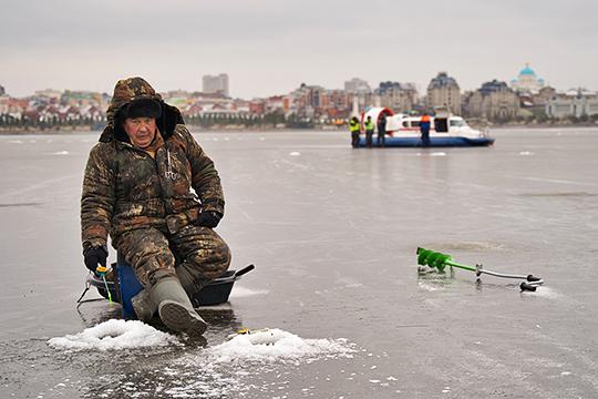 Далеко не каждый рыбак может адекватно оценить состояние льда