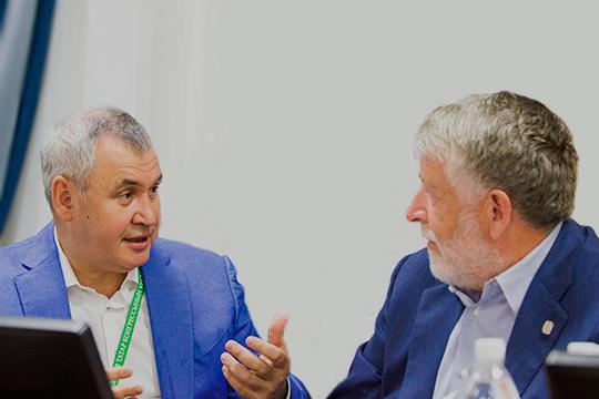 Нурулла Саттаров (слева) иКамиль Аблязов