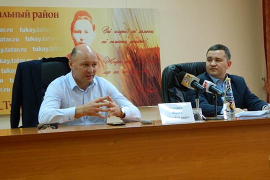 По словам главы, у руководства района имеются планы и относительно строительства своего собственного районного центра