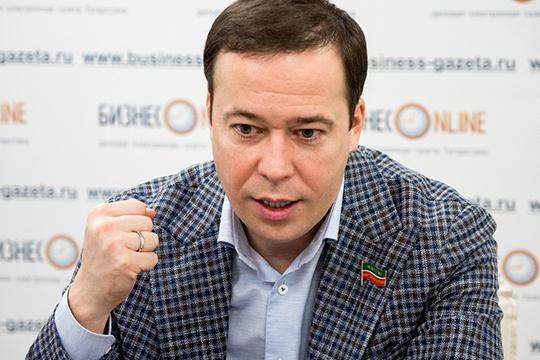 Рустам Абдулхаков: «Мыкровно заинтересованы втом, чтобы добиться снижения теплопотерь в сетях»