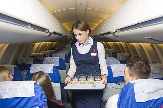Еще одна инициатива — хотя бы на время крупных мероприятий добавлять в бортовое меню самолетов, прилетающих в Казань, национальную выпечку. Однако эту идею уже предлагали авиакомпаниям, но они отказались