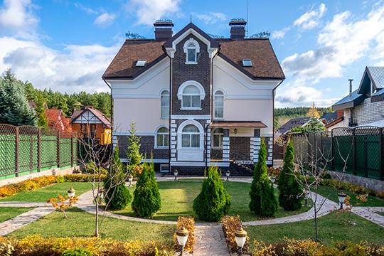 Навопрос: «Чтобы выкупили за4 миллиона рублей: «однушку» вцентре или дом сремонтом на140 «квадратов»? —все больше людей отвечают: «Конечно, дом!»