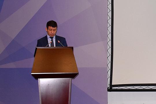 Глава УБЭП МВД по РТ Ильдар Сафиуллин рассказал, что в прошлом году управление провело 19 тыс. проверок алкогольного рынка, выявлено 94 преступления