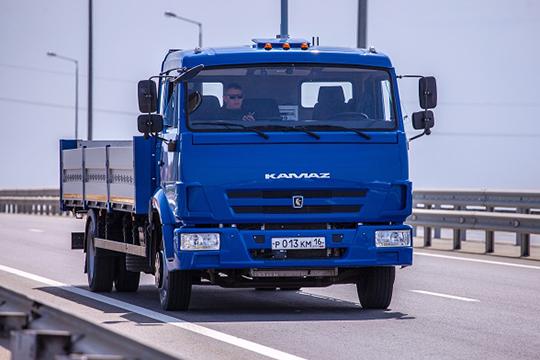В законопроекте говорится, что на движение инновационного транспортного средства по дорогам общего пользования будет выдаваться специальное разрешение, как, собственно, и право управления беспилотным транспортом
