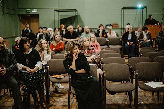Помнению Горнышевой, важно показать детям всех возрастов, что в театре они смогут дать волю эмоциям, чувствам, сопереживать, что там никто не осудит их за мнение или позицию