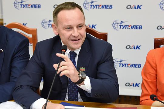 Александр Сидякин, немог непоблагодарить республику, которой он, посути, обязан политической карьерой последнихлет