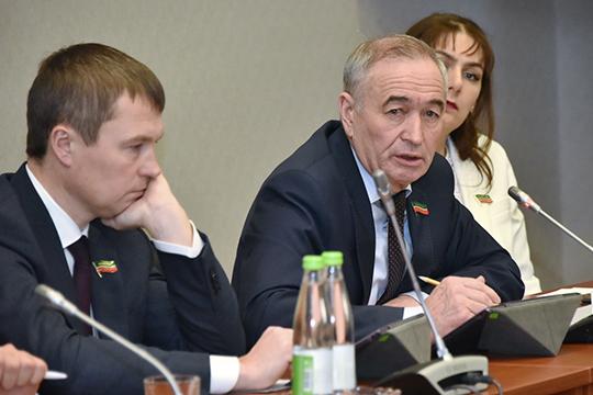 Рафаэль Юнусовспросил, будетли разработана программа, вкоторой былибы просчитаны потребности республики взерне, чтобы втечение года неслучалось ценовых всплесков