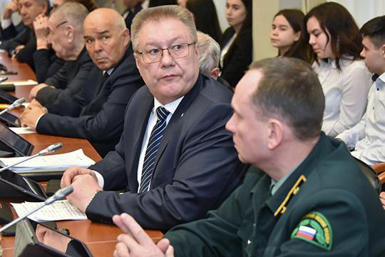 «Вопросом занимается лично Марат Ахметов, Иван Егоров тоже заэто дело болеет, но…»