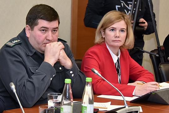 Елена Прищепенко:«Хочу про борщевик сказать, что онвогне негорит, вводе нетонет.Борьба сложна тем, что онзаселяет территории инедает другой растительности произрастать»