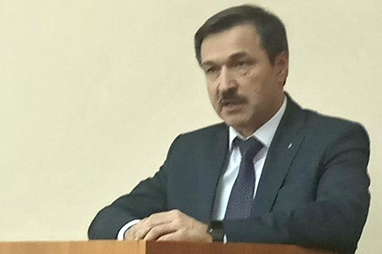 Александр Ушенинотметил, что запрошлый год КАМАЗ вложил около 85млн вприобретение оборудования для вузов иссузов