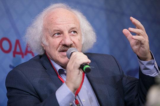 Шод Муладжановпереживал из-за того, что запоследние полтора десятка лет интерес квыборам был утрачен из-за падения конкуренции