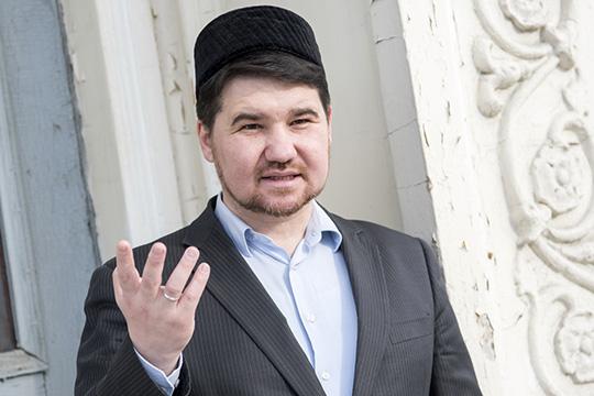 Рустам Батыр: «Муфтии имусульмане ведутсебя винтернете как самые последние хейтеры»