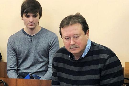 В авторах разработки, по словам президента КАИ, числятся Исрафилов, Галеев, Короткова, Гортышов, Гуреев (справа), а сама линия считается имуществом вуза