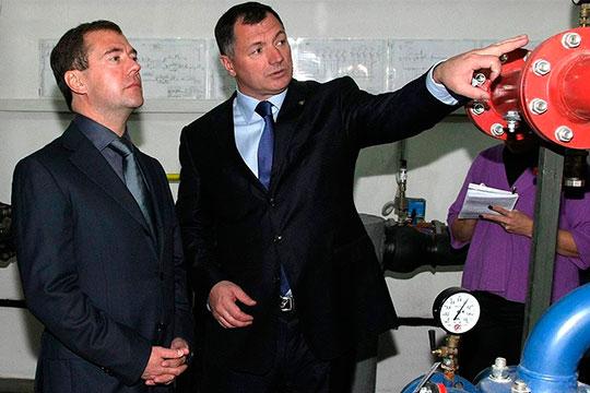 Марат Хуснуллиноказался навторое месте нашего рейтинга. Москва запоследние годы преобразилась, плюс ударными темпами строятся метро, дороги, развязки,атеперь запущен еще иамбициозный проект реновации