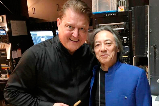 С основателем концертного агентства Kajimoto Масахиде Каджимото