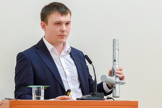 Фирма, которую представилАлександр Калашников,планирует производить 5тыс.т.металлических строительных модульных лесов вгод. Если все заладится, товРоссии это будет первое подобное производство