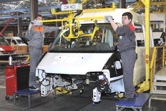 Намомент полного закрытия производства легковых автомобилей у«Форд-Соллерс» насчитывалось около 70 российских поставщиков, которые поставляли ейболее 300 локальных компонентов