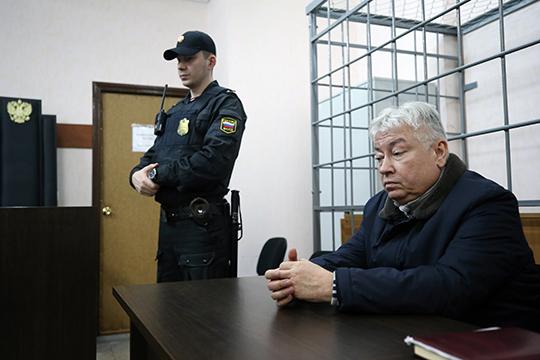 В ночь с 3 на 4 марта 2017 года одного изпрежде самых могущественных людей Татарстана отправили вСИЗО. Сам Роберт Мусин был явно обескуражен решением суда