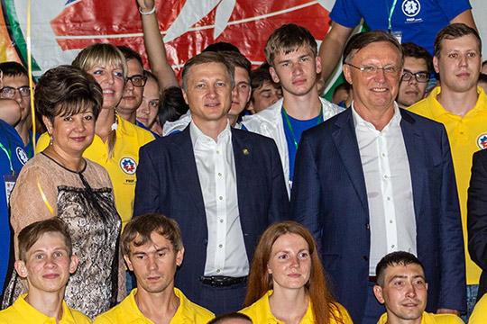 «Непалитесь!»: КАМАЗ собрал 200 студентов налекции обинженерной карьере