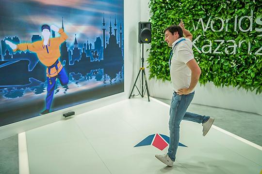 Виртуальный бензовоз, роботы и девушки: первый день соревнований WorldSkills