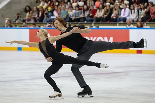 Тарасова и Морозов нуждались в качественных переменах. Пара хотела привлечь тренера, главной фишкой которого были бы яркие программы и сильная хореография