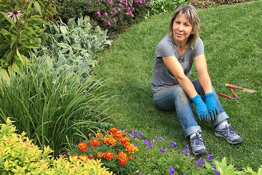 Лариса Кузнецова: «Правильная посадка цветов — это посадка их группами. Никогда не сажайте мелкие растения в одном-двух экземплярах, они не смогут проявить свою декоративность!»