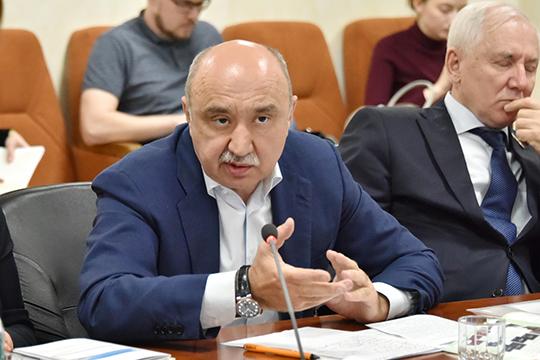 Антишпионские страсти вКФУ: общаться синостранцами будет разрешать Ильшат Гафуров?