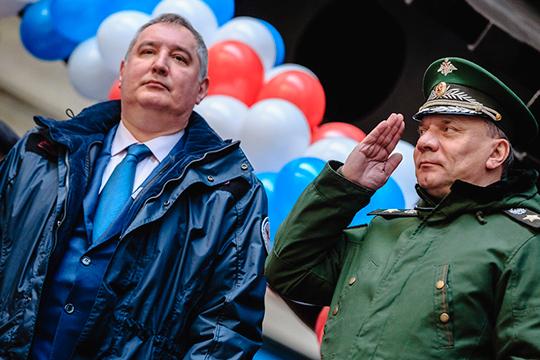 «Варианты по исправлению ситуации делали во времена вице-премьерства Дмитрия Рогозина (его сменил Борисов — справа), но все потонуло в недрах финансово-экономического блока правительства»