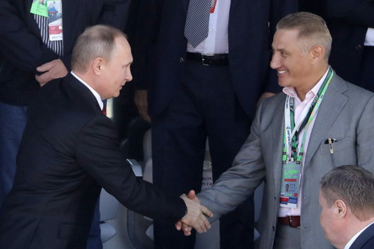 Как сообщают наши источники, развивать футбол в Сочи после чемпионата мира-2018 Ротенбергу поручил сам президент России Владимир Путин