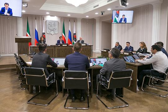 «Предполагали четверых, ноконкурсная комиссия порекомендовала заслушать всех шестерых»,— отметил мэр КазаниИльсур Метшин