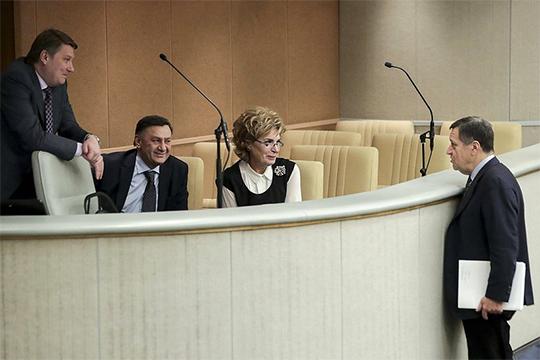 Как горделиво рассказывал накануне своим коллегам депутат Андрей Макаров, на сегодня из тени вышли и официально зарегистрировались самозанятыми более 280 тыс. человек
